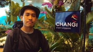Orang ilang di Changi Airport